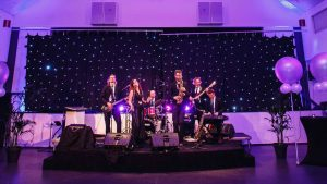 Coverband Casino Royale Drenthe